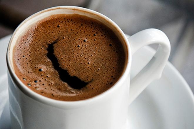 რა მოუვა ორგანიზმს თუ დღეში რამდენიმე ფინჯან ყავას დავლევთ?