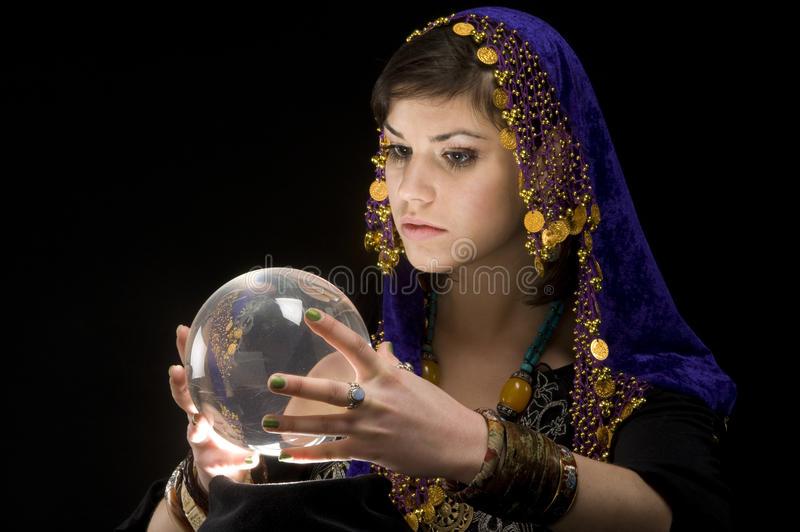 fortune-teller-crystal-ball-9475109-1624014643.jpg